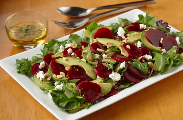 Lighten Up For Spring: Recipes Perfect For Picnics Or Eating Outside