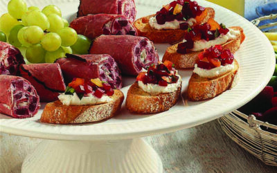 Beet & Goat Cheese Crostini